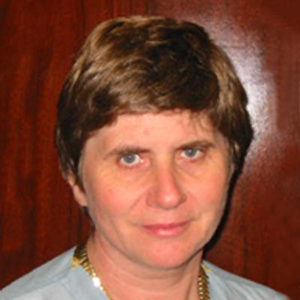 Dr. Karolina Adam, MD