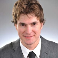 Dr. Ryan L. Holzwarth, MD - Jamestown, ND - Dermatology
