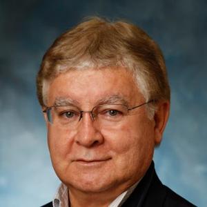Dr. Augusto E. Hoyle, MD