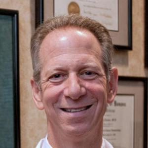 Dr. H T. Levine, MD