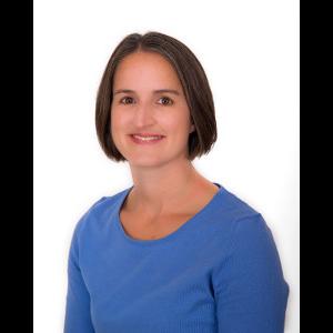 Dr. Lindsay L. Oliveira, MD