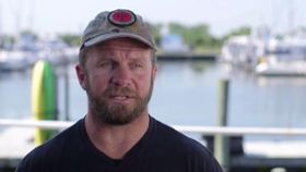 Army Veteran Paddle Boards 2,500 Miles
