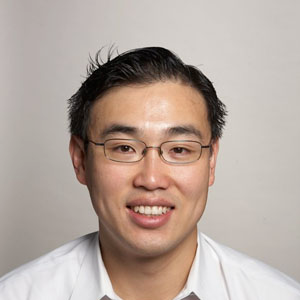 Dr. Peter Y. Chuang, MD