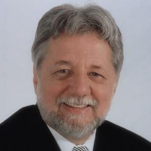 Dr. Claudio M. Levato, DDS