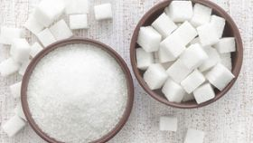 How Does Too Much Sugar In My Diet Affect My Cholesterol Level?