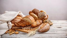 Is a Gluten-Free Diet Really a Healthy Way to Take Off Pounds?