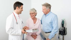 What Kind of Doctor Is Best to Treat Lung Cancer?