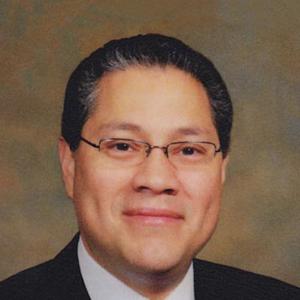 Dr. Carlos A. Leche, MD
