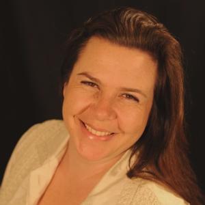 Niamh van Meines - Nursing