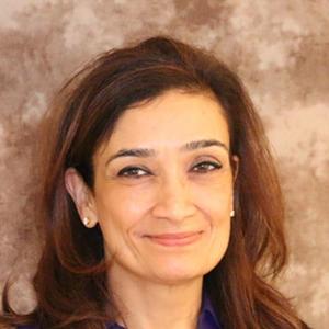 Dr. Smriti Nalwa, MD