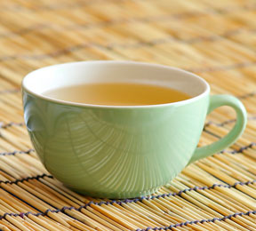 Smooth Your Skin with a Cup of White Tea
