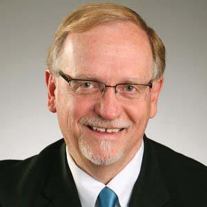 Dr. H E. Hoyme, MD