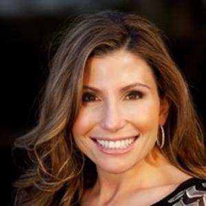 Dr. Lisa B. Bienstock, DMD