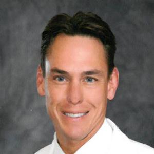 Dr. Chris R. Gelvin, MD