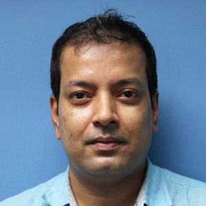 Dr. Chitradeep De, MD