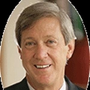 Dr. Franklyn Elliott, MD