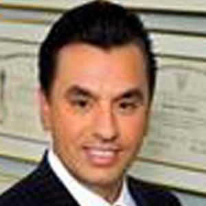 Dr. Devinder S. Bhatia, MD