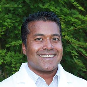 Dr. Winston R. Jeshuran, MD