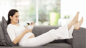 Do Pregnant Women Need to Eat 300 Extra Calories a Day?