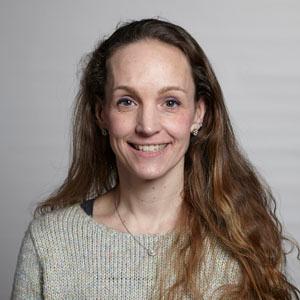 Dr. Paula J. Busse, MD