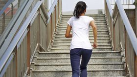 Why Does My Knee Hurt When I Climb Stairs?