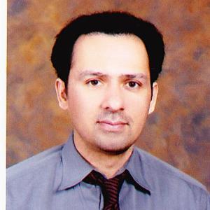 Dr. Shahab Qureshi