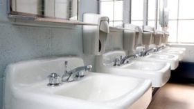 Hand Towels vs. Air Dryers: Which Are More Sanitary?