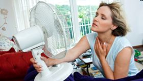 How Can Women Minimize Hot Flashes During Menopause?