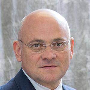 Dr. Juan E. Posada, MD
