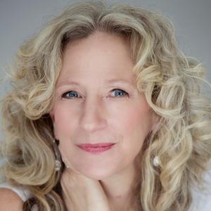 Samantha Heller, RD - Nutrition & Dietetics