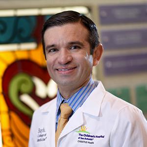 Dr. Gerardo Quezada, MD