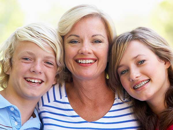Top 10 Social HealthMakers: Healthy Moms