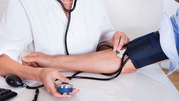 What Are Ways to Control High Blood Pressure?